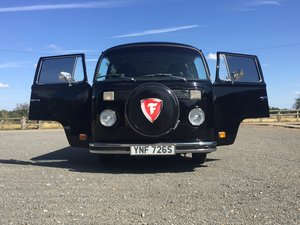 VW T2 Microbus Beautifully restored