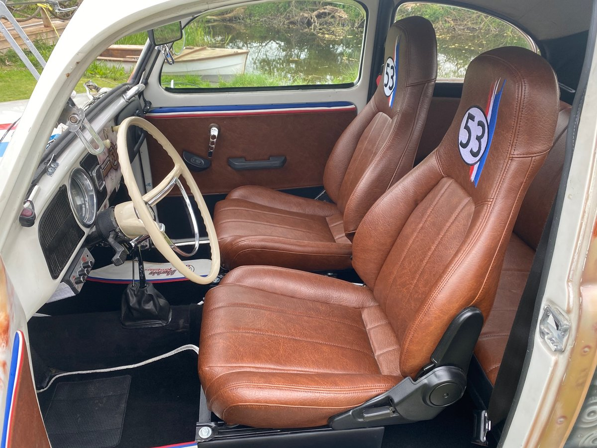1970 VOLKSWAGEN FUSCA BEETLE 1300 BRAZILIAN CUSTOM AIRBRUSHED SOLD (picture 3 of 6)