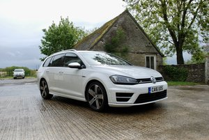 2016 VOLKSWAGEN GOLF R ESTATE 4 MOTION DSG