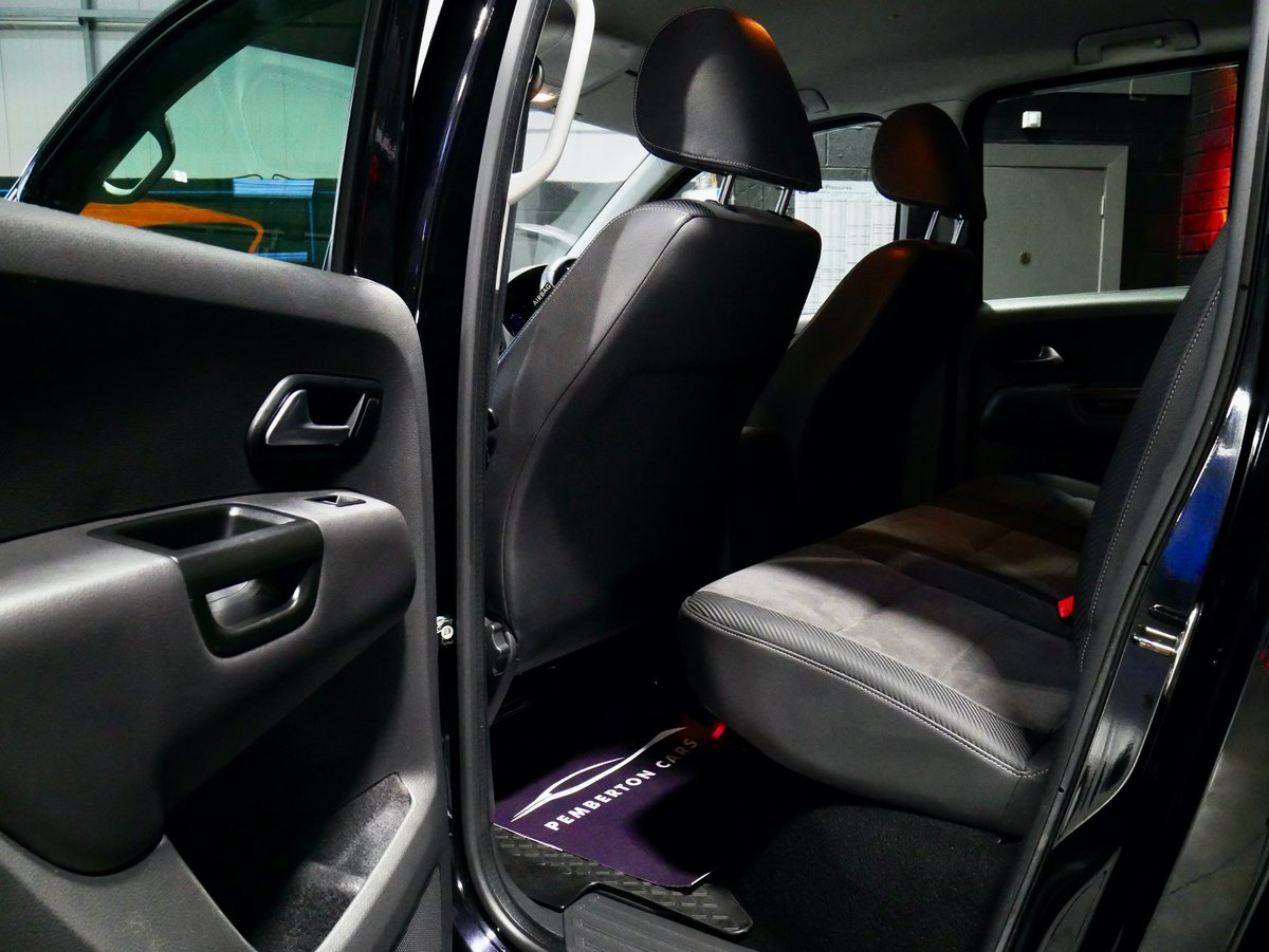 2015 Volkswagen Amarok Ultimate 500 LE CR 205 BHP ONLY 27k MILES For Sale (picture 4 of 6)