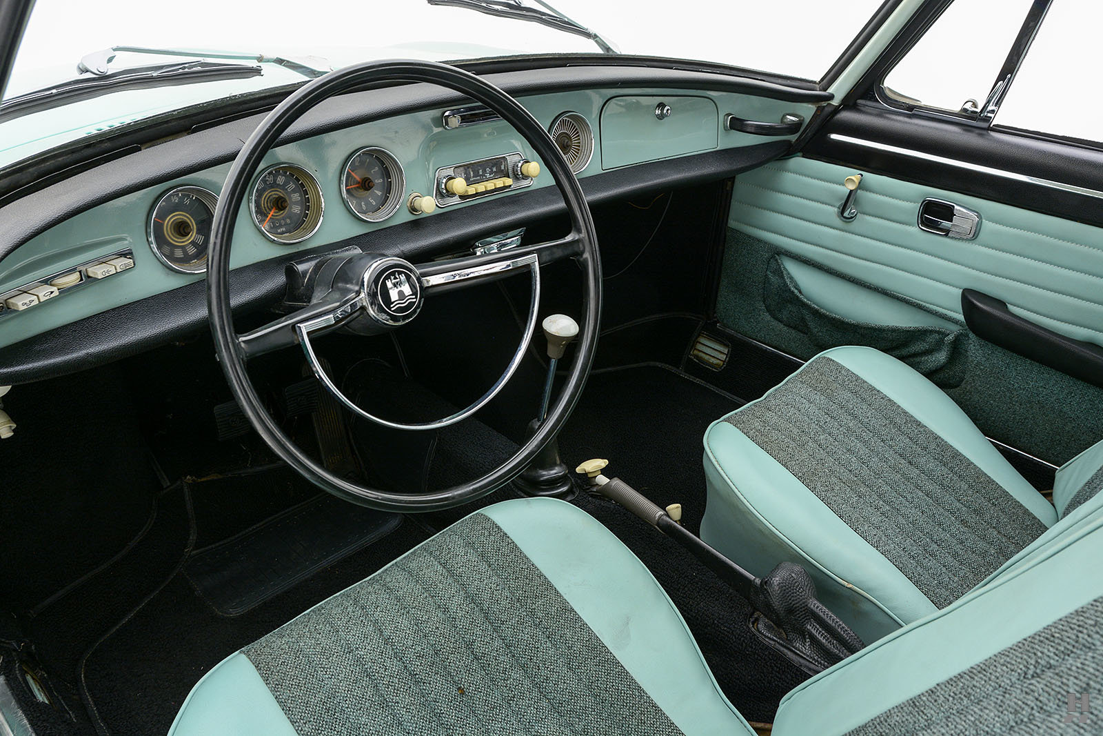 1963 Volkswagen Type 34 Karmann Ghia Coupe For Sale (picture 4 of 6)