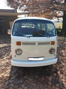 1976 VW Microbus , 2.0L , Perfect running condition