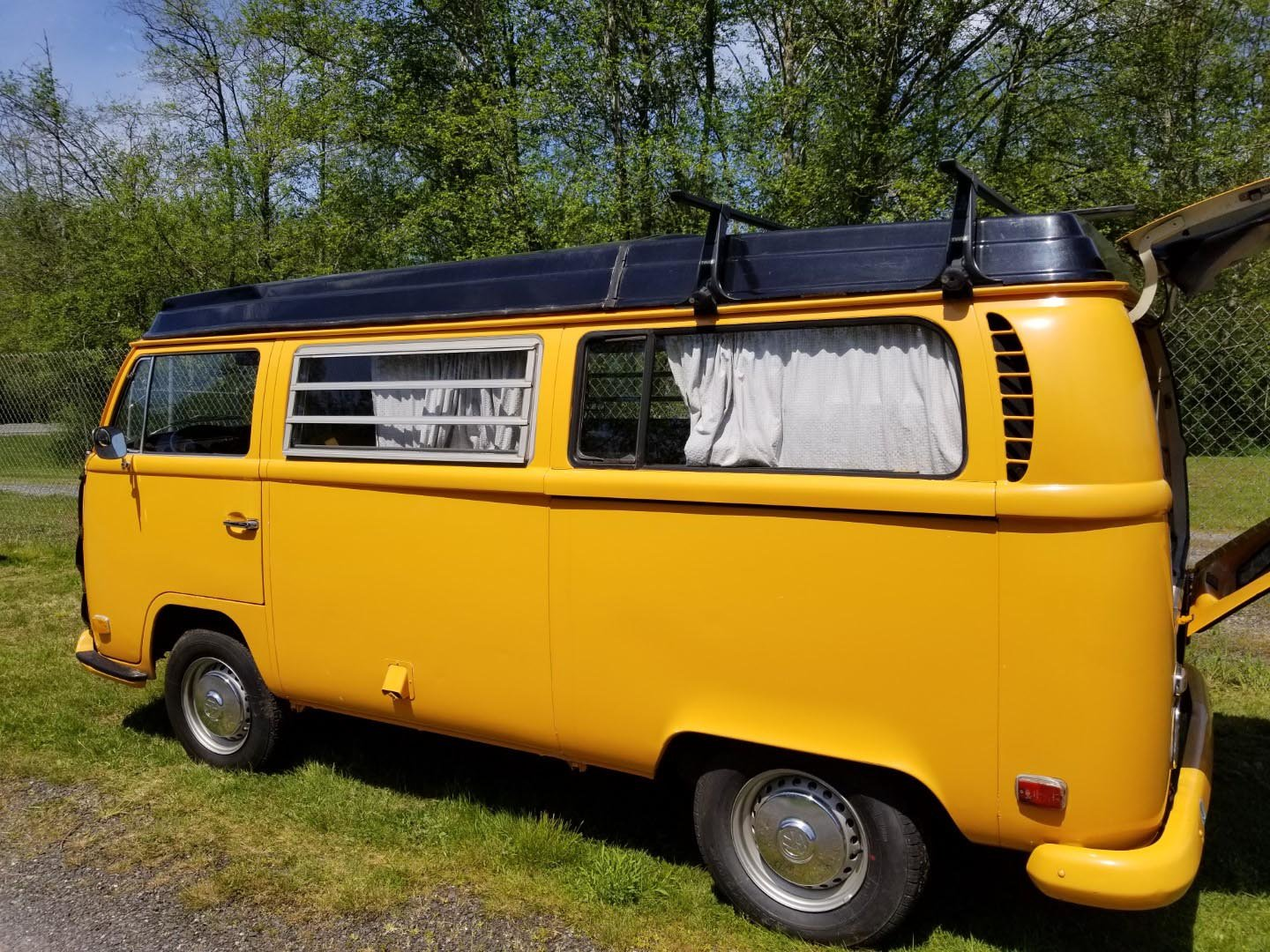 1971 Volkswagen Bus For Sale by Auction (picture 5 of 6)