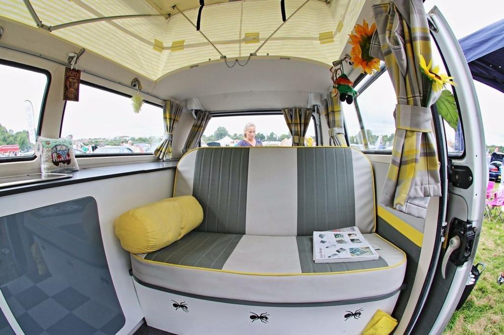 1971 VW BAY WINDOW WESTFALIA SOLD (picture 6 of 6)