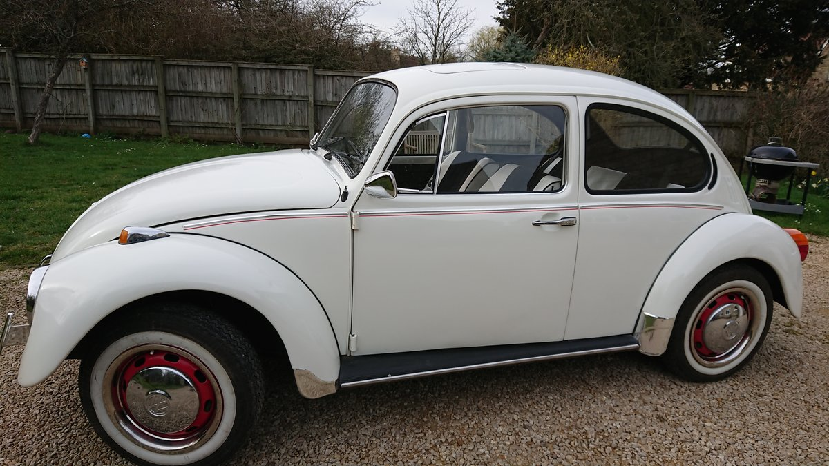1974 VW Beetle 1300 in Beautiful white For Sale (picture 1 of 4)