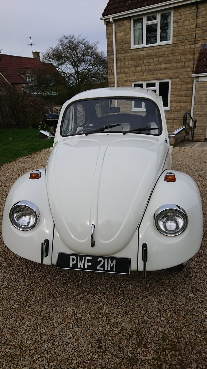 1974 VW Beetle 1300 in Beautiful white For Sale (picture 2 of 4)