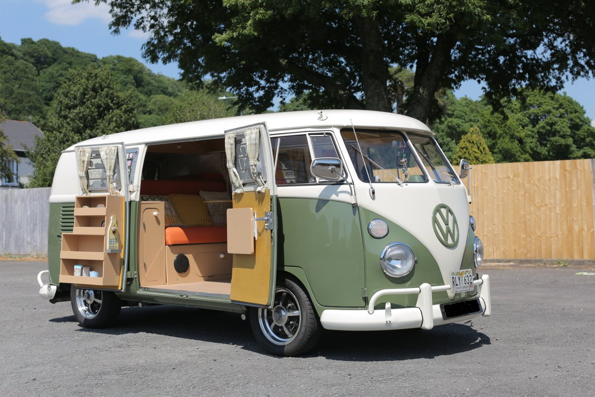 1966 VW Split Screen Campervan (German Built) For Sale (picture 2 of 6)