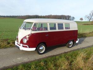 Volkswagen T1 Minibus - completely restored