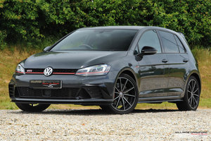 VW Golf (Mk VII) GTI Clubsport Edition 40 manual