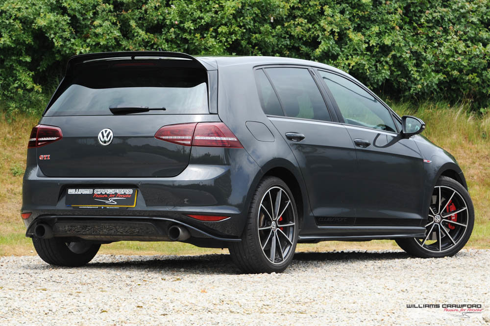 2017 VW Golf (Mk VII) GTI Clubsport Edition 40 manual For Sale (picture 3 of 6)