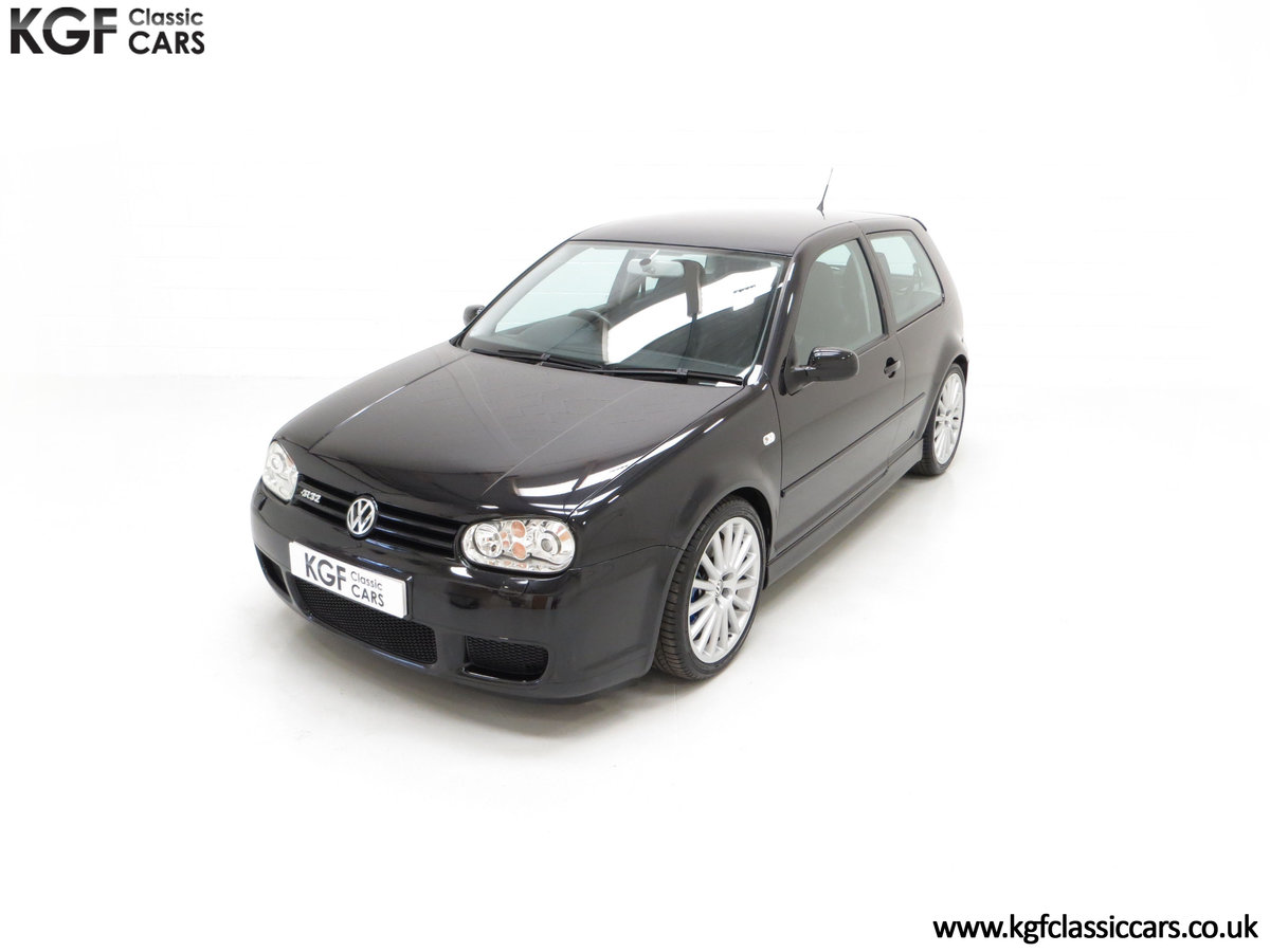 2003 A Desirable Volkswagen Golf R32 3dr with Only Two Owners For Sale (picture 5 of 24)