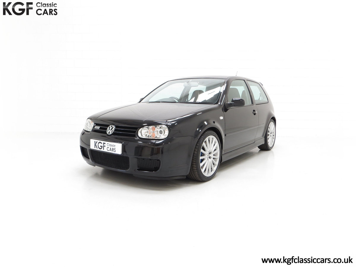 2003 A Desirable Volkswagen Golf R32 3dr with Only Two Owners For Sale (picture 6 of 24)