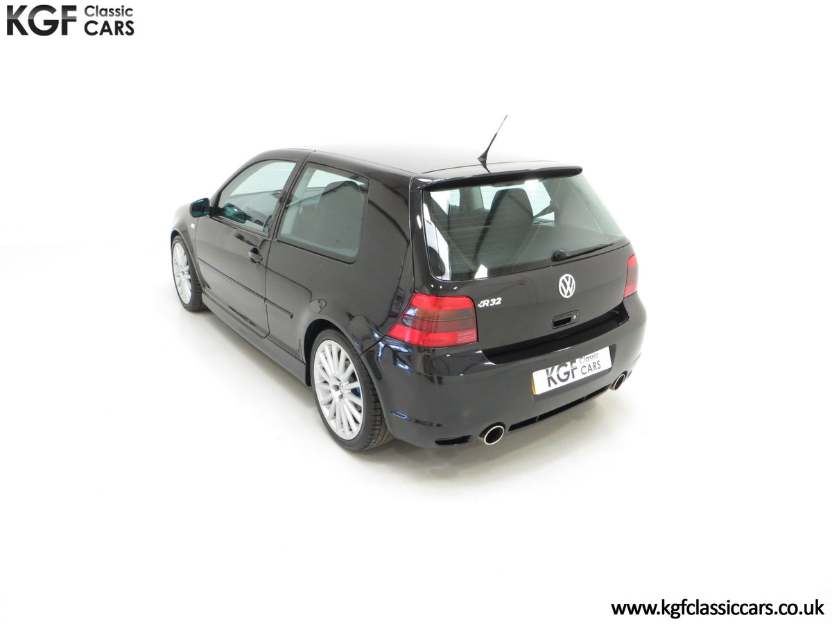 2003 A Desirable Volkswagen Golf R32 3dr with Only Two Owners For Sale (picture 9 of 24)