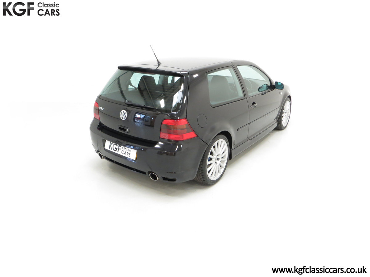 2003 A Desirable Volkswagen Golf R32 3dr with Only Two Owners For Sale (picture 12 of 24)