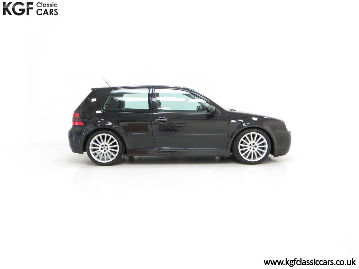 2003 A Desirable Volkswagen Golf R32 3dr with Only Two Owners For Sale (picture 14 of 24)
