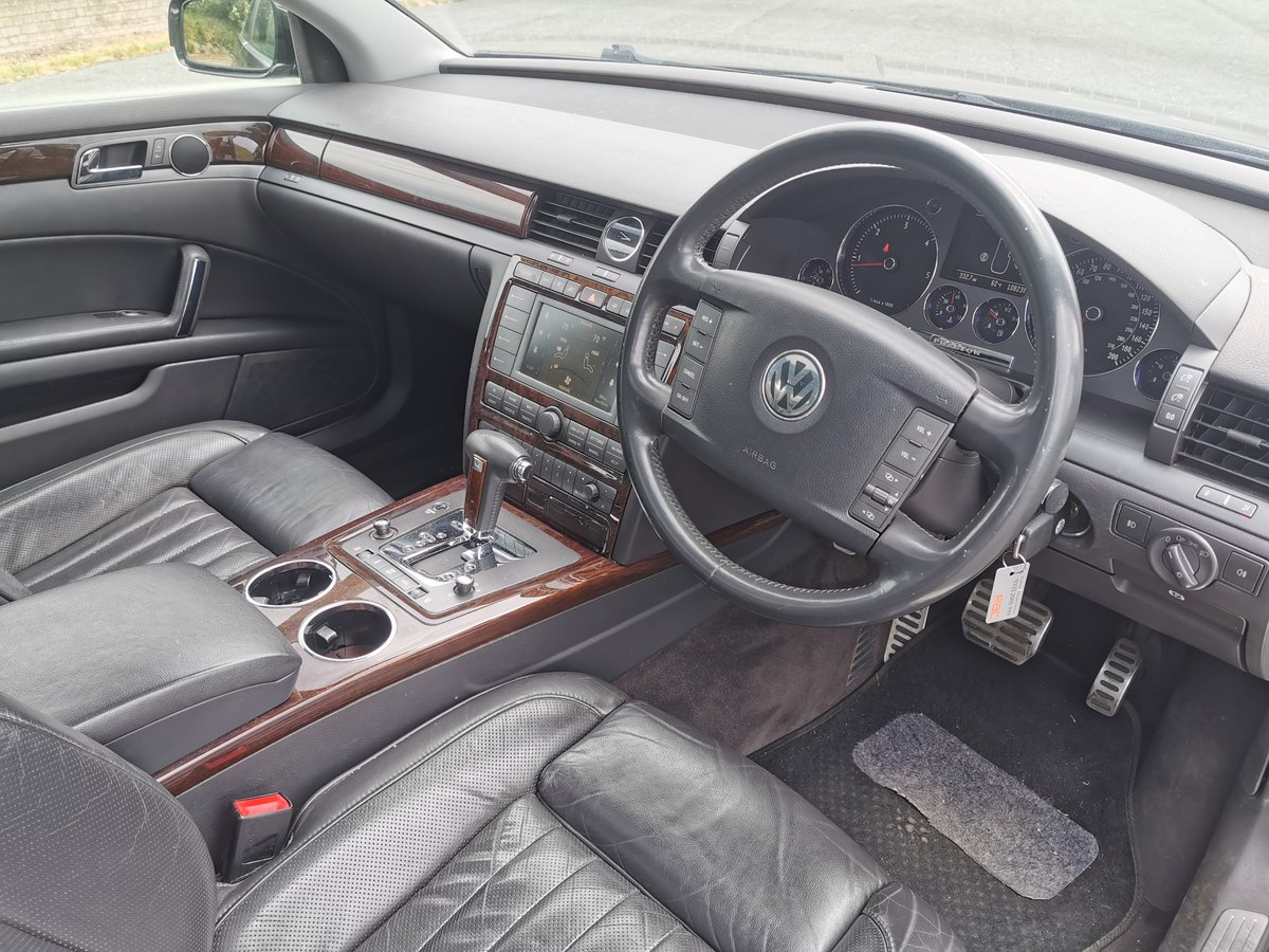 2006 Volkswagen Phaeton 3.0 V6 TDi Low Miles For Sale (picture 3 of 6)