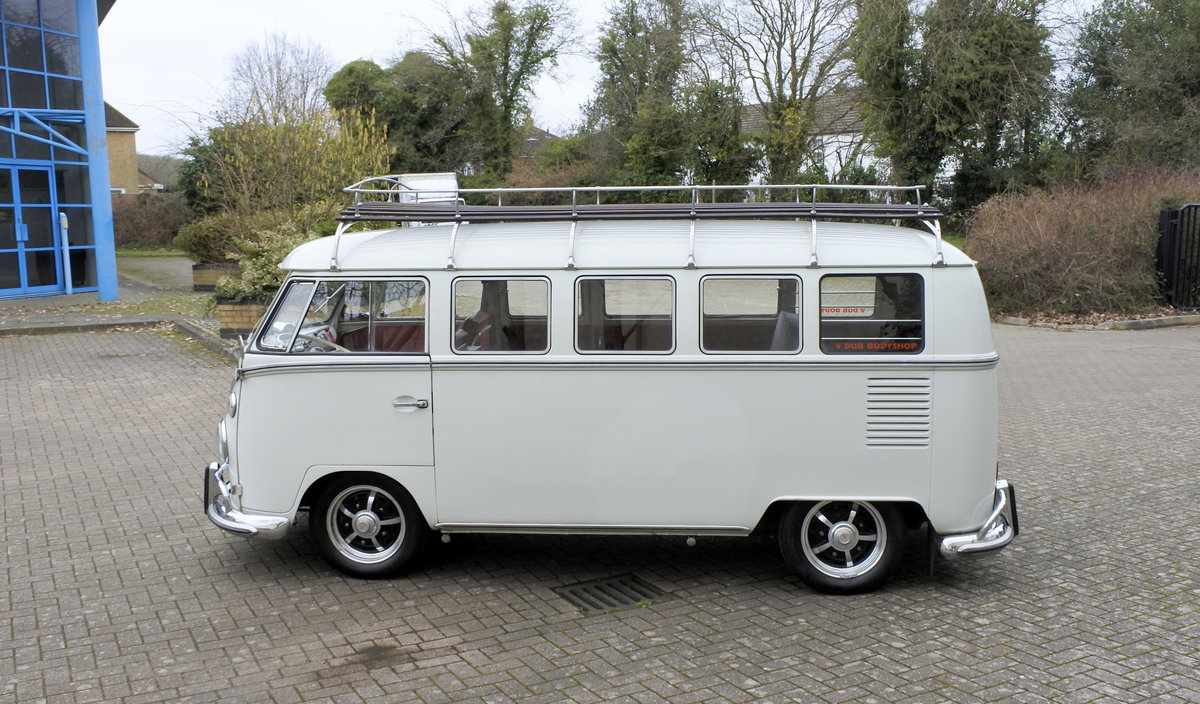 1965 VW SPLIT SCREEN T25 LHD For Sale (picture 3 of 6)
