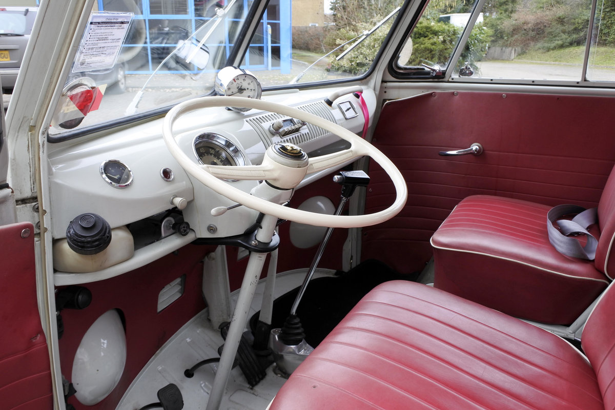 1965 VW SPLIT SCREEN T25 LHD For Sale (picture 4 of 6)