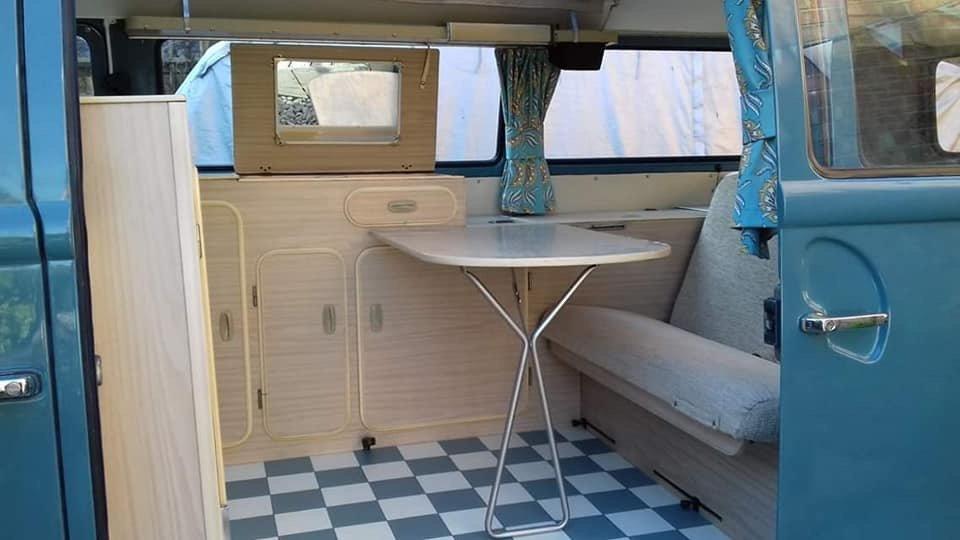 1971 VW T2 Early Bay Dormobile Campervan, Restored  For Sale (picture 5 of 6)