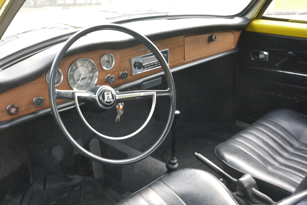 1970 VW Karmann Ghia   Now SOLD SOLD (picture 4 of 6)