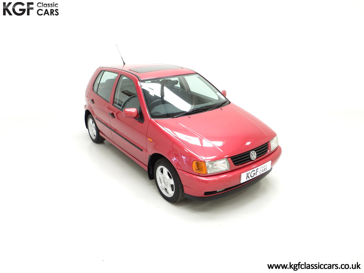 1997 A Pristine Volkswagen Polo 1.6 GL with just 21,763 Miles SOLD (picture 2 of 24)