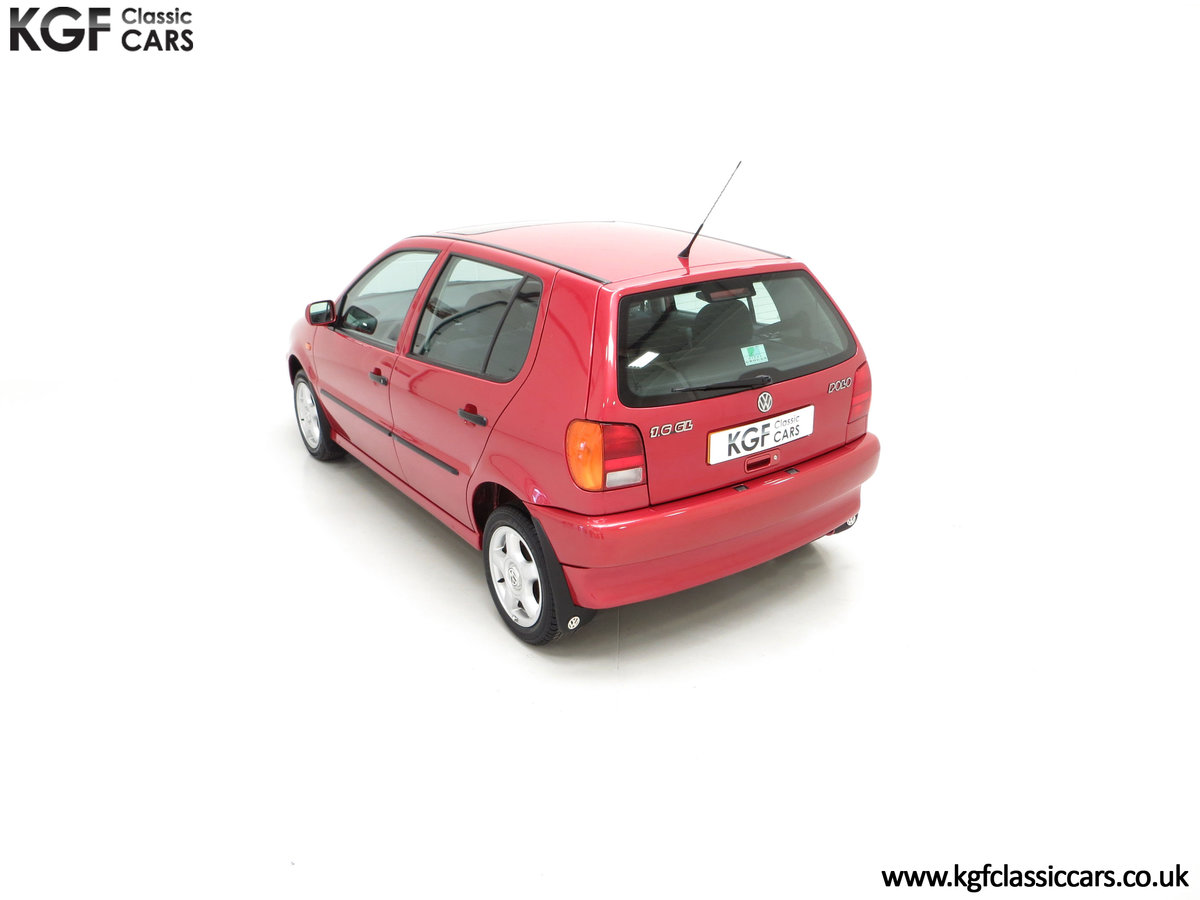 1997 A Pristine Volkswagen Polo 1.6 GL with just 21,763 Miles SOLD (picture 9 of 24)