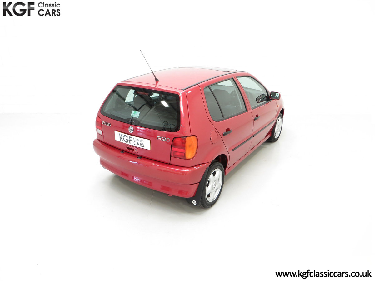 1997 A Pristine Volkswagen Polo 1.6 GL with just 21,763 Miles SOLD (picture 12 of 24)