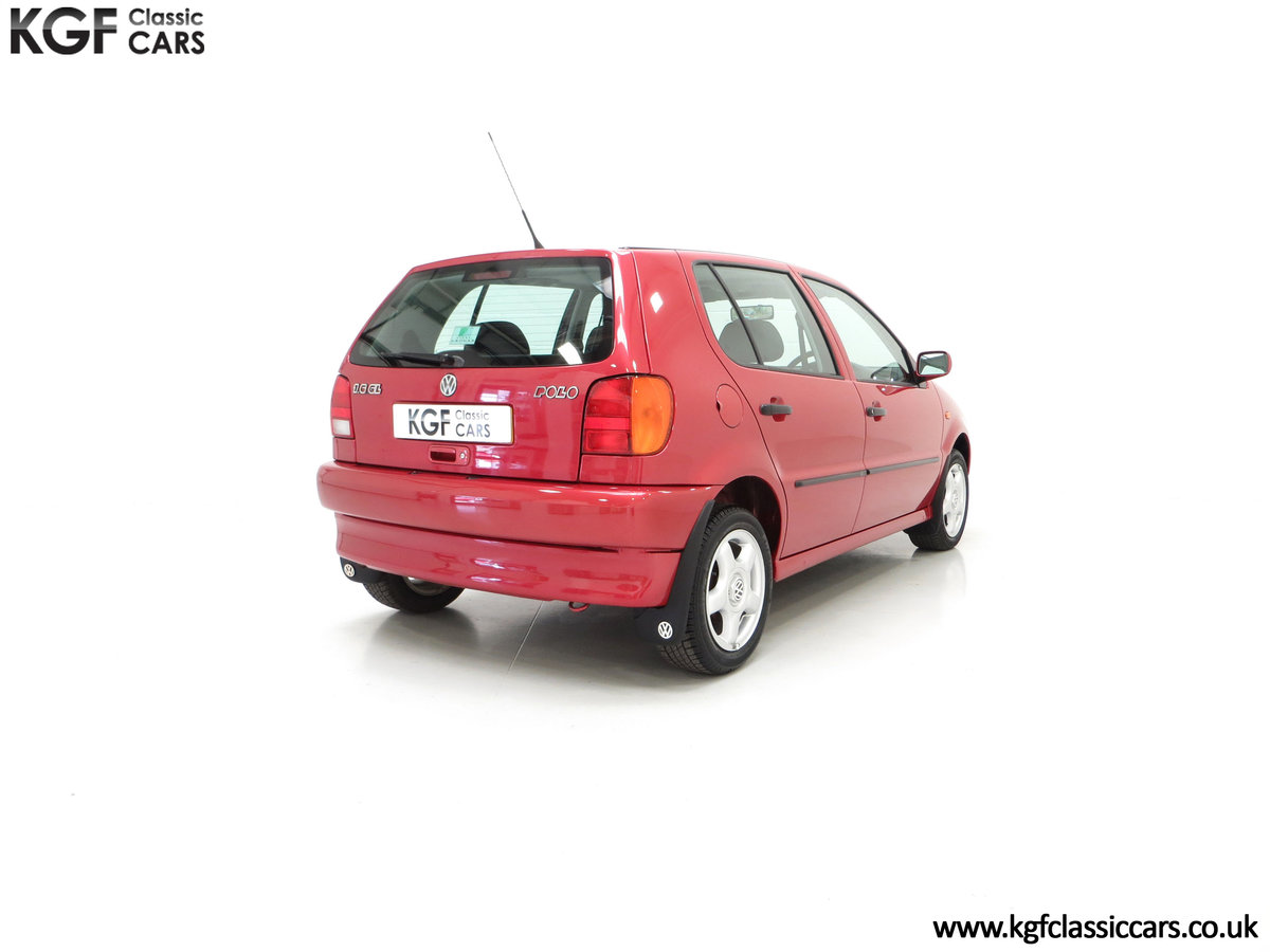 1997 A Pristine Volkswagen Polo 1.6 GL with just 21,763 Miles SOLD (picture 13 of 24)