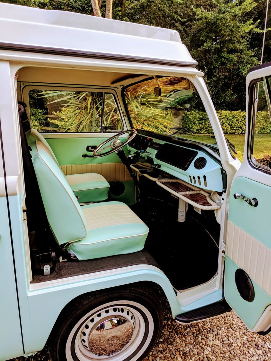 1971 VWType 2 Westfalia Low Light Baywindow camper For Sale (picture 5 of 6)