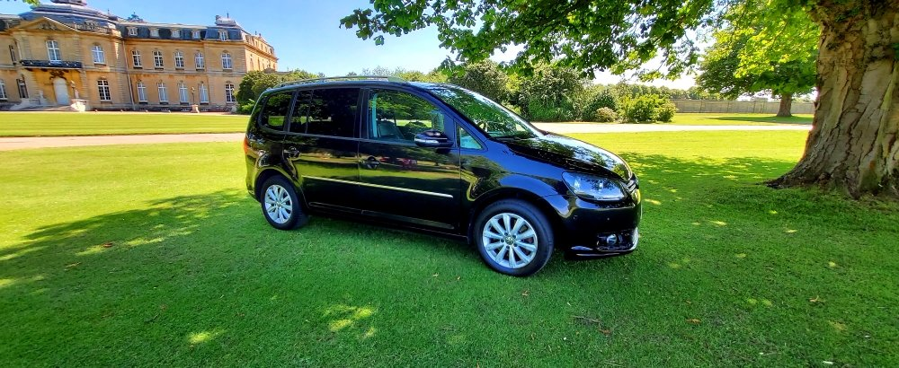 2011 LHD, Volkswagen Touran 2.0 TDI Sport, LEFT HAND DRIVE SOLD (picture 2 of 6)