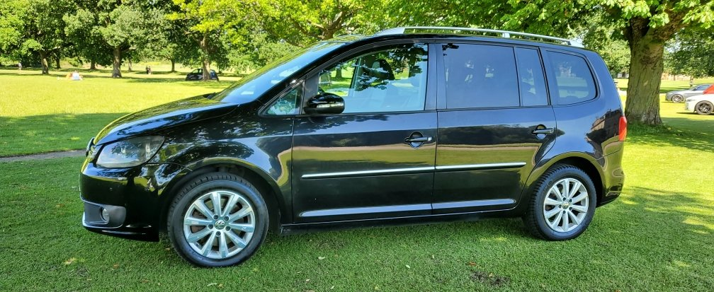 2011 LHD, Volkswagen Touran 2.0 TDI Sport, LEFT HAND DRIVE SOLD (picture 3 of 6)