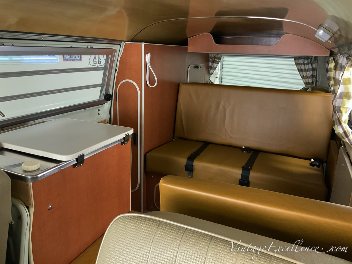1971 Best in the world? Westy Tin Top Camper concours For Sale (picture 4 of 6)