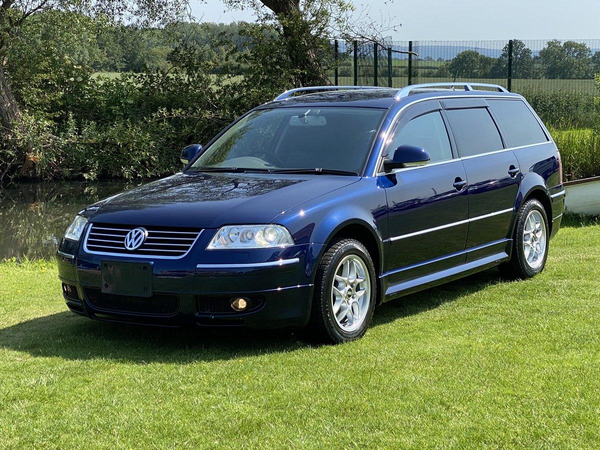 VOLKSWAGEN PASSAT 2005 VR6 4 MOTION 4X4 AUTO ESTATE * SOLD (picture 1 of 6)