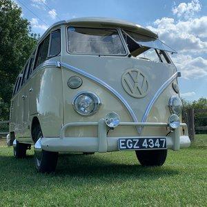 1963 VW Splitscreen camper