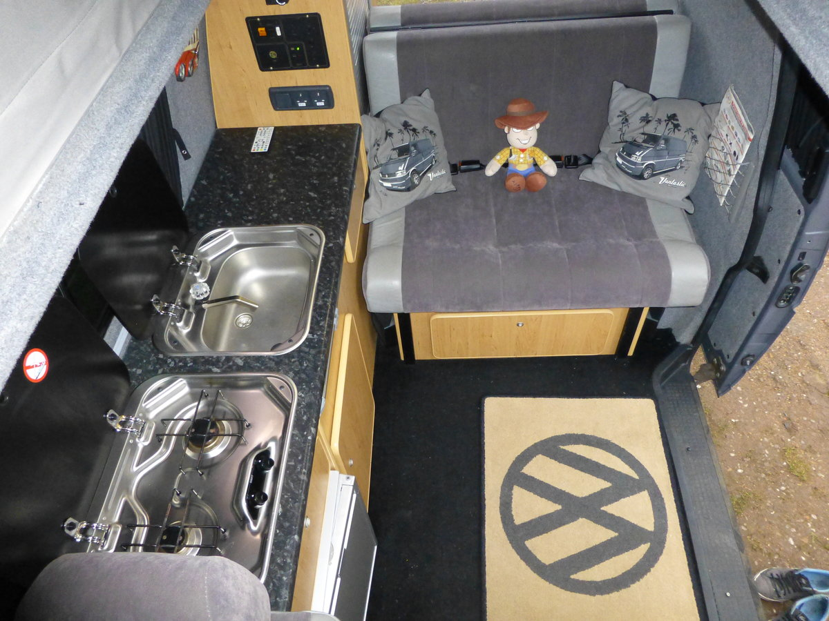 2003 VW Transporter T4 Campervan Immaculate Condition For Sale (picture 5 of 6)
