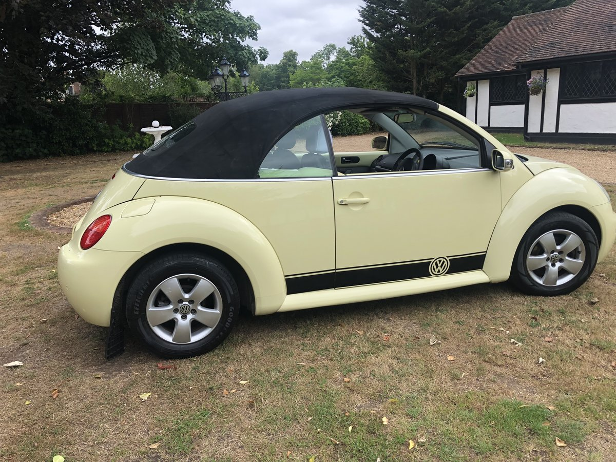 2004 VW Beetle Convertible (54 reg) SOLD (picture 5 of 6)
