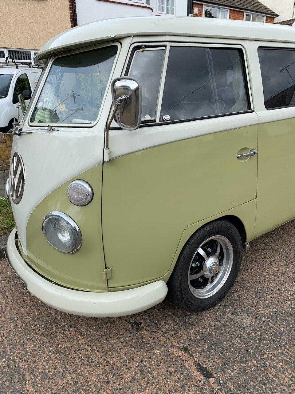 1965 VW Split Screen Camper LHD For Sale (picture 1 of 6)