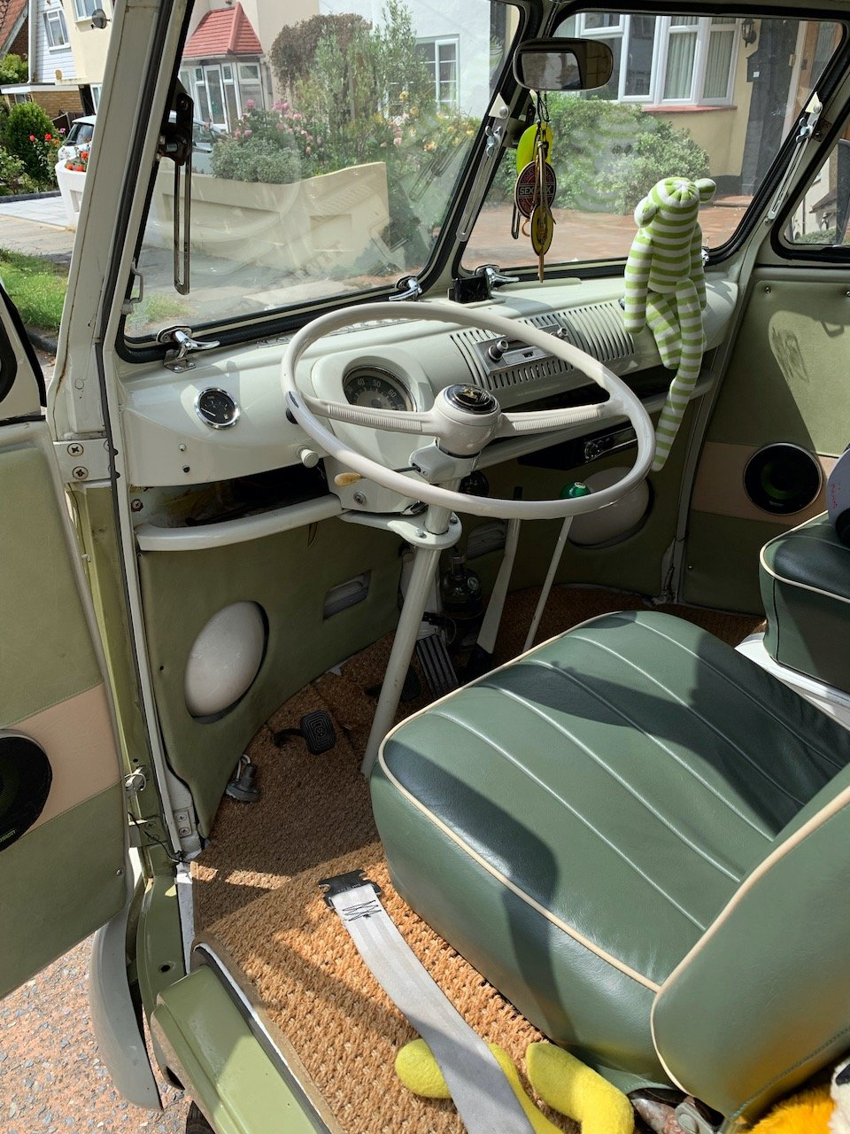 1965 VW Split Screen Camper LHD For Sale (picture 2 of 6)