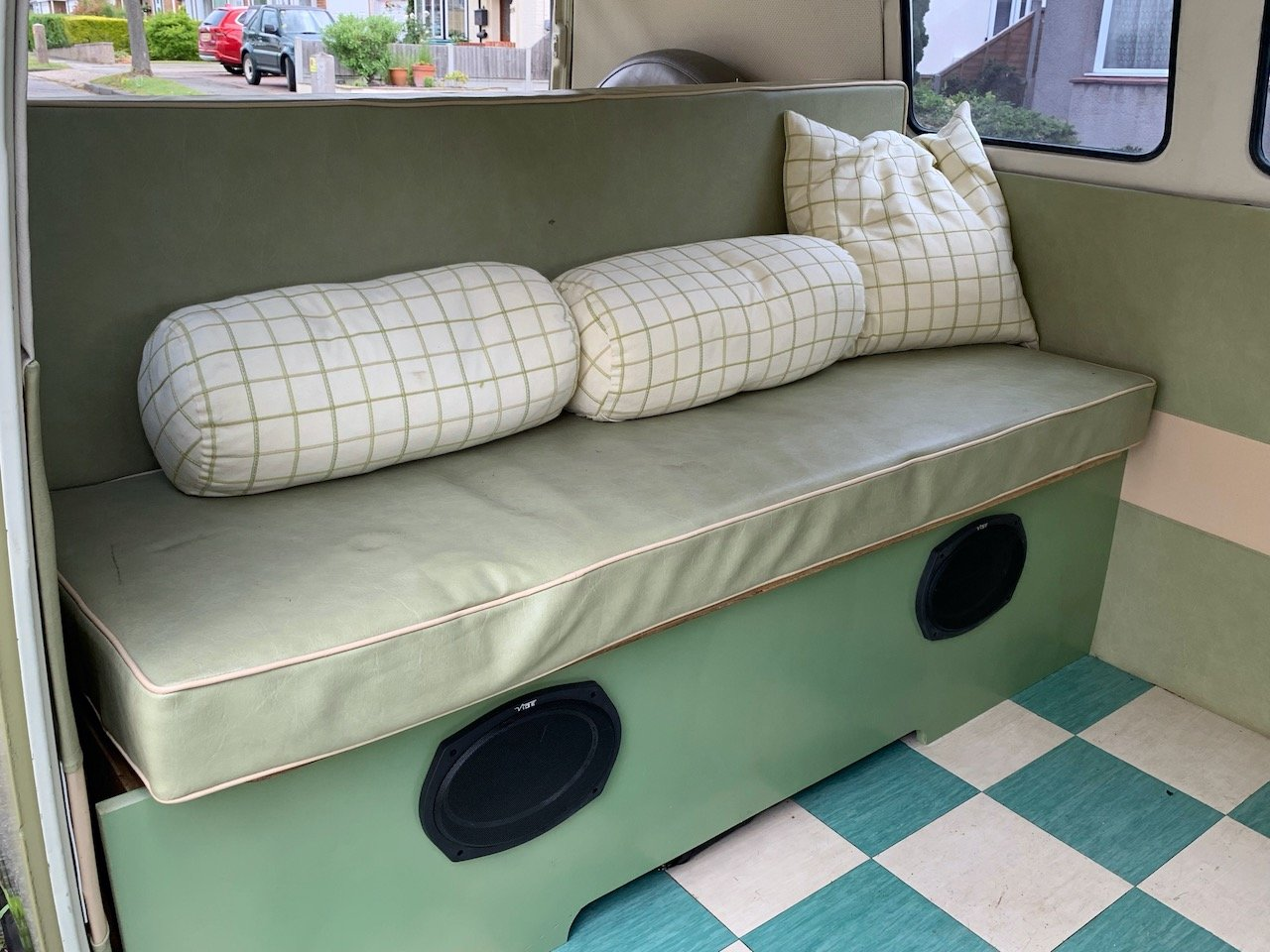 1965 VW Split Screen Camper LHD For Sale (picture 3 of 6)