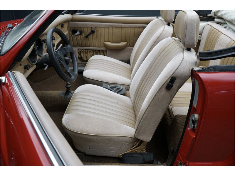 1972 Volkswagen Karmann Ghia Convertible For Sale (picture 3 of 6)