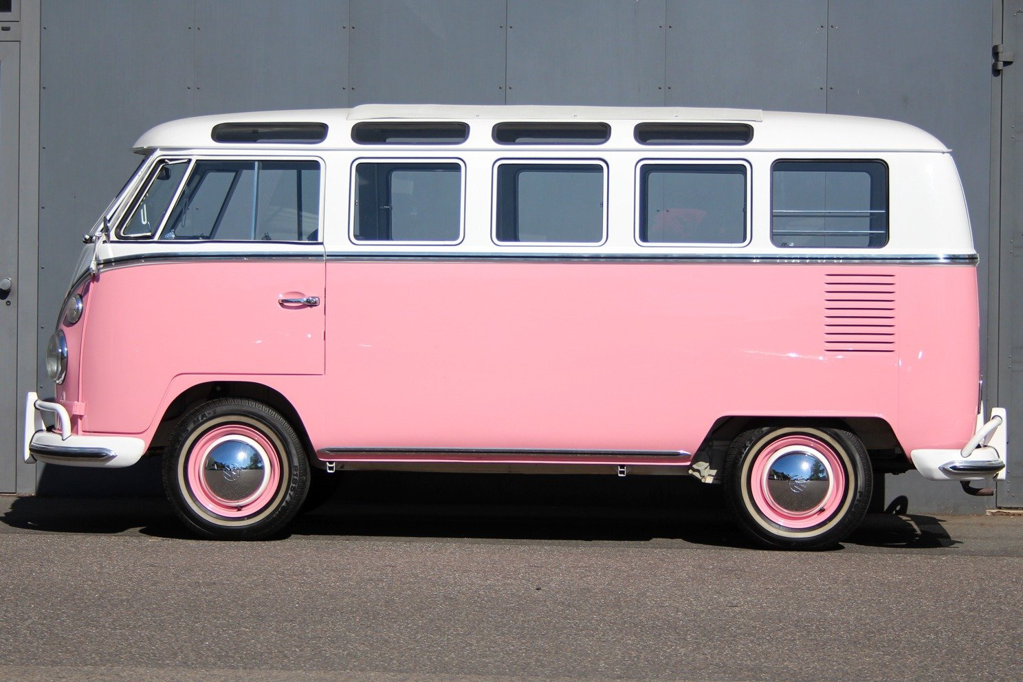 1966 VW T1 Samba Bus LHD - Completely restored! For Sale (picture 5 of 6)