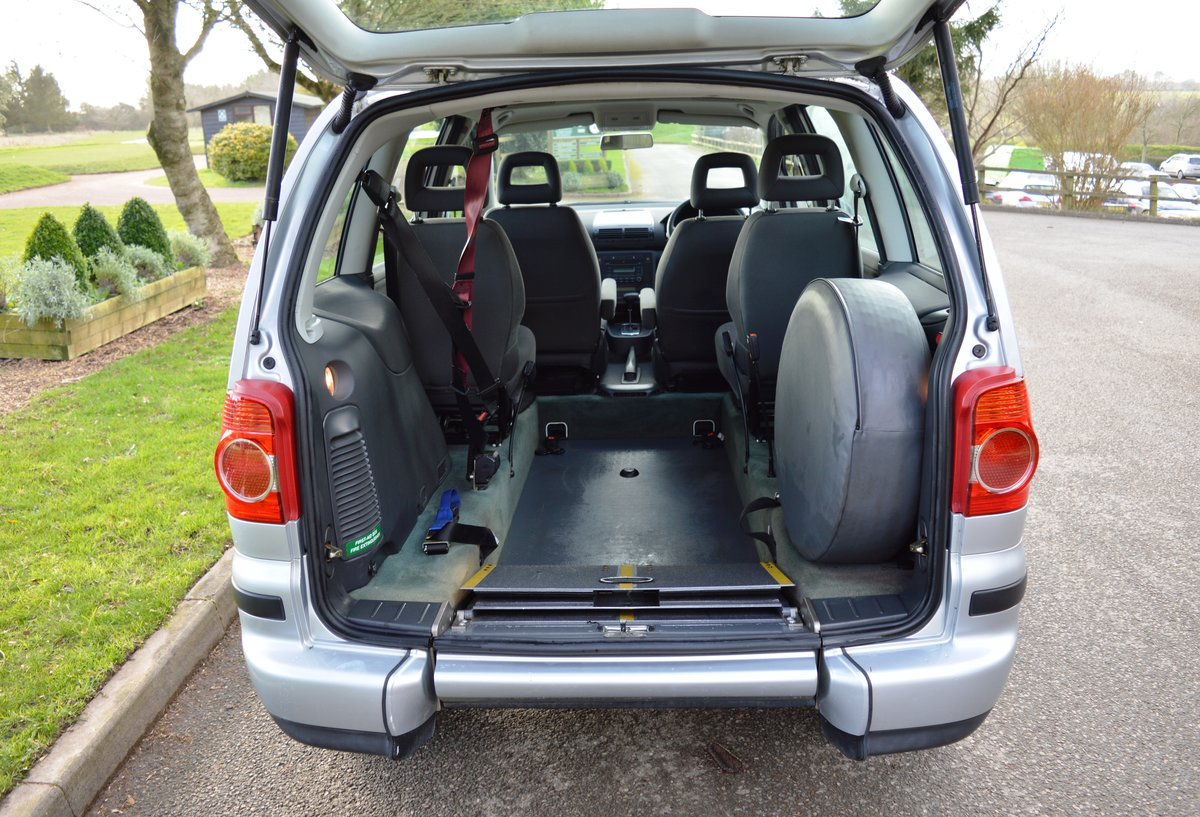 2006 VW Sharan 1.9 TDI PD S Auto Wheelchair Access WAV For Sale (picture 2 of 6)