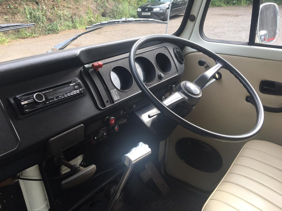 1976 Vw campervan devon (ready to go) For Sale (picture 4 of 6)