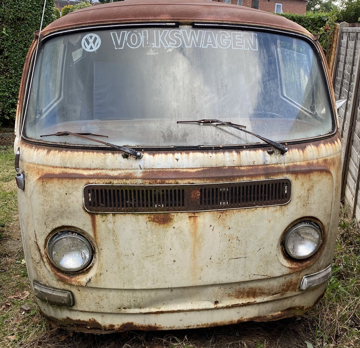 1972 VW Deluxe Project Camper For Sale (picture 1 of 6)