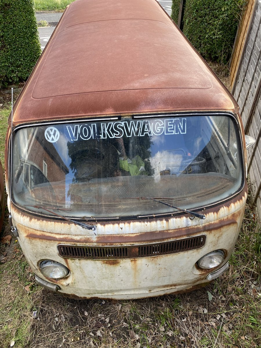 1972 VW Deluxe Project Camper For Sale (picture 2 of 6)