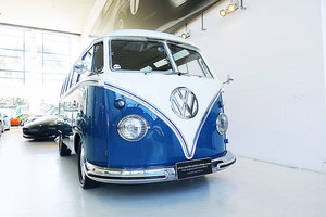 1963 Restored AUS del. Samba, Concours winner, VW Certificate