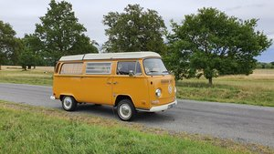 Volkswagen t2 bay window westfalia campervan