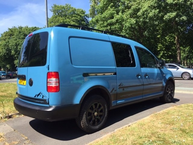 2011 Excellent VW Caddy 4Motion 4x4 Overland Camper Van For Sale (picture 3 of 6)