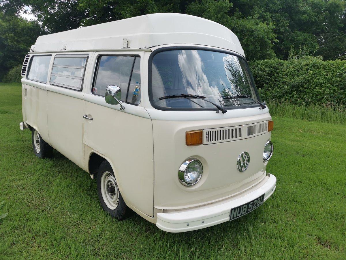 1972 VW T2 Baywindow Devon Campervan For Sale (picture 1 of 6)