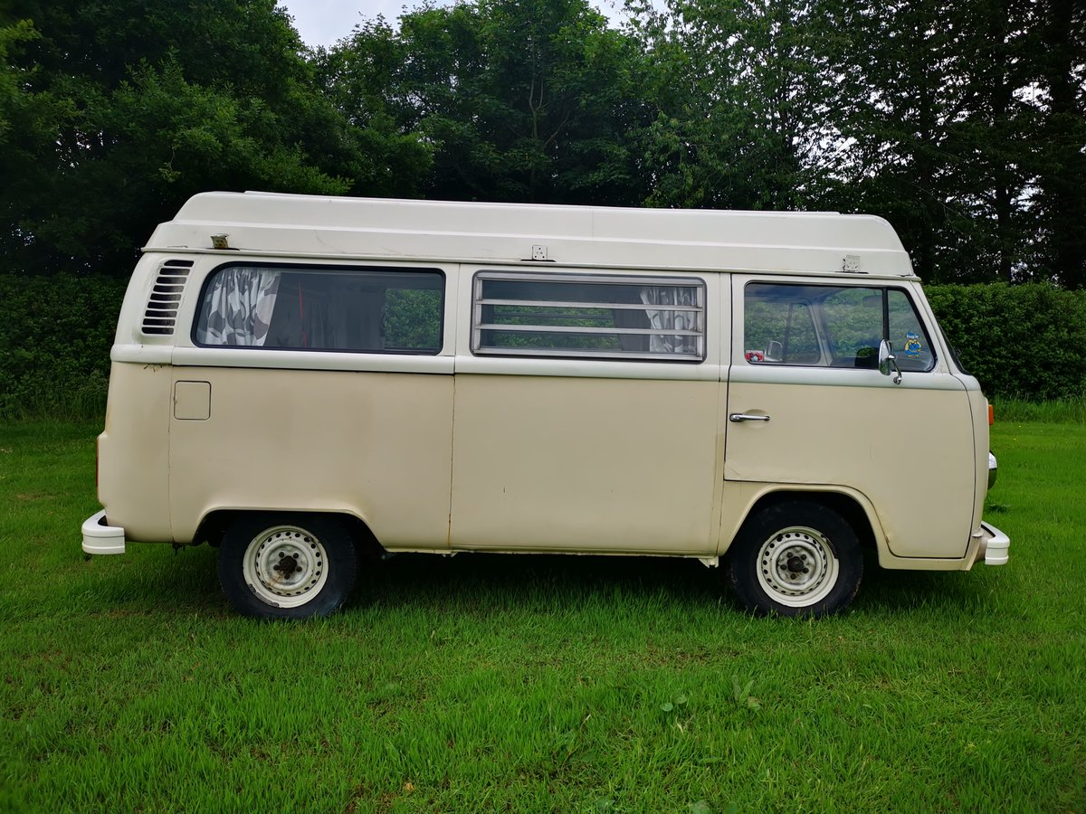 1972 VW T2 Baywindow Devon Campervan For Sale (picture 5 of 6)